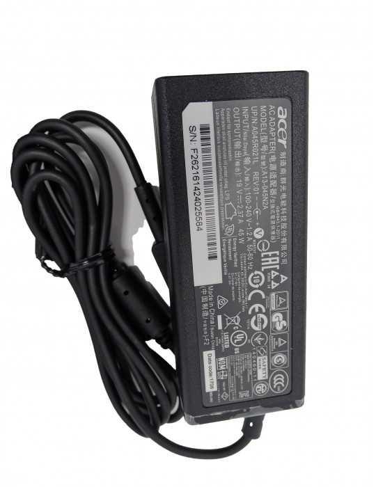 Cargador Original Portátil Acer A13-045N2A 19V A045R021L